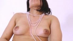 Carolina Get Authentic Orgasm And Help Her With Rubber Toy